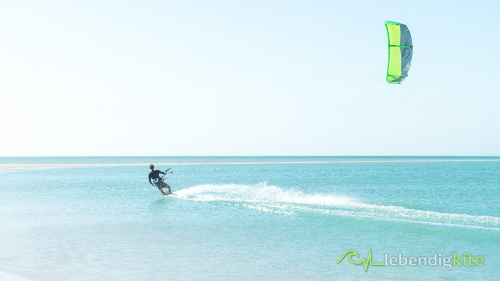 Kitesurfen mit Kite Cabrinha FX - Kiteurlaub mit Flachwasser Kitespots Australien